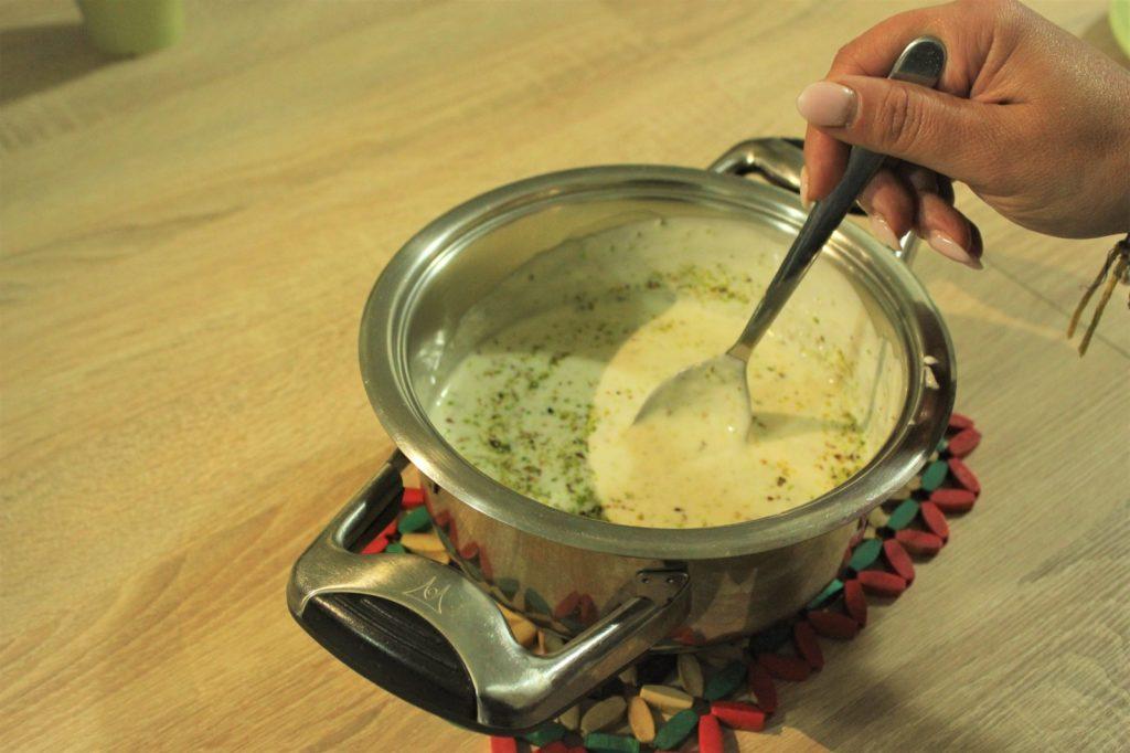 Fase 3 Miscela besciamella e granella di pistacchio